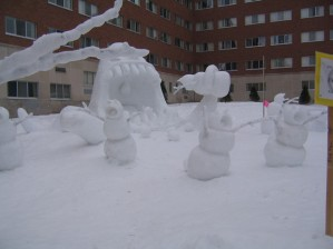 creative-funny-snowman-pictures-3